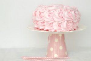 rózsíszín habos torta